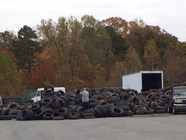 Amnesty Days 2015 - Tires