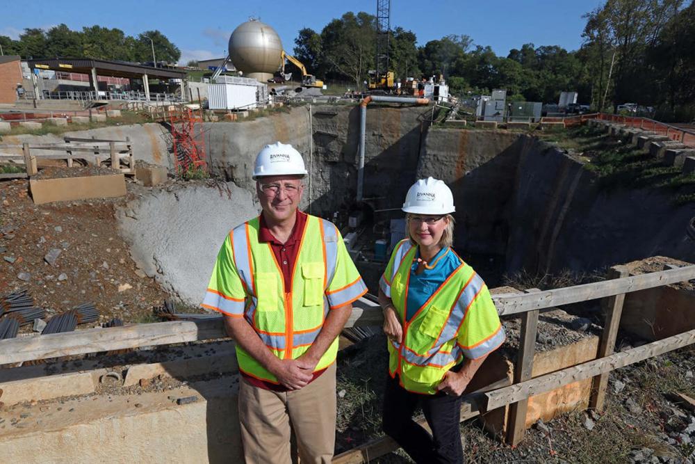 Doug and Michelle, Senior Engineers Photo/Andrew Shurtleff